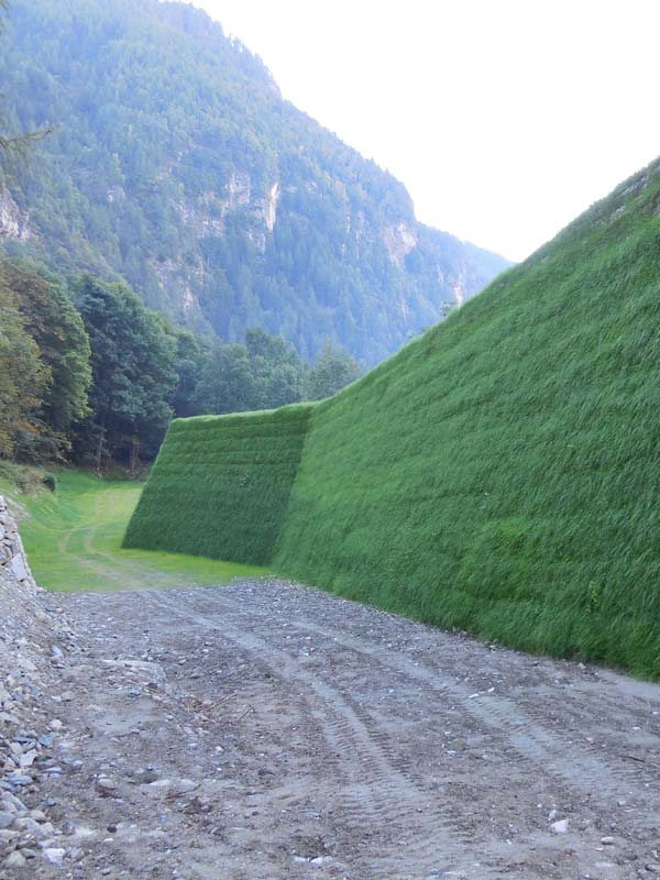 Rockfall and noise Barriers